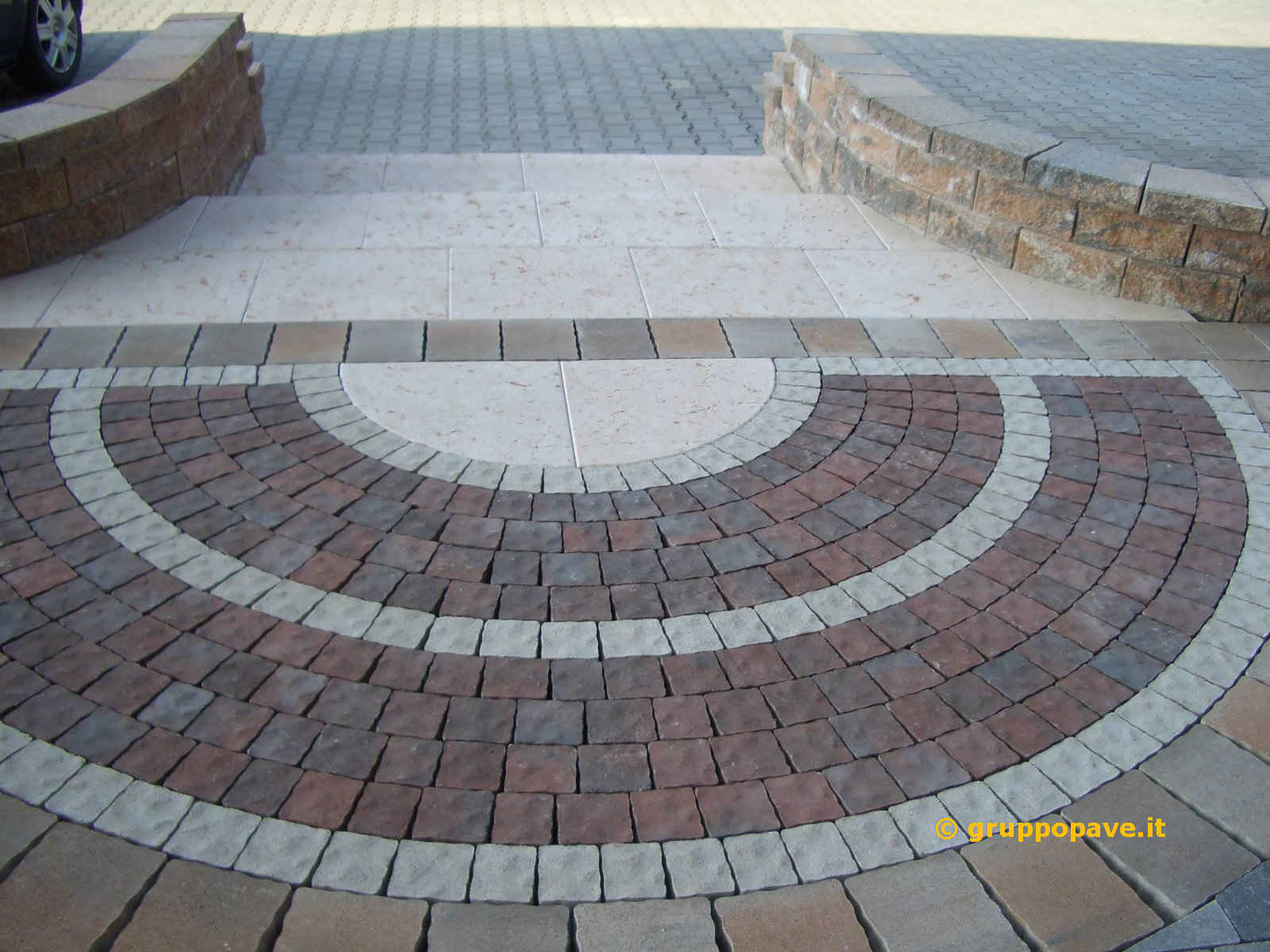 Pavimentazioni per esterni pave pavimentazioni for Pavimento in autobloccanti