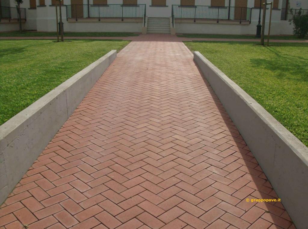 Pave pavimentazioni per interni ed esterni for Siti di arredamento interni