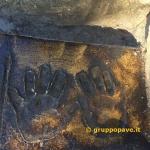 __ Dettaglio mani